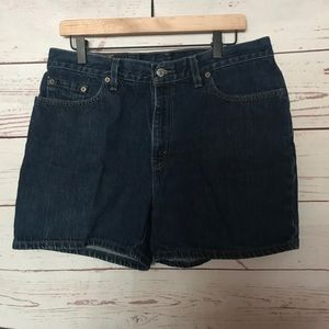 Vintage Levi's Denim/Jean Shorts Size 14